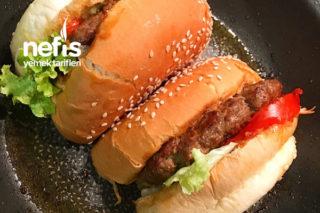 Karamelize Soğanlı Hamburger Tarifi