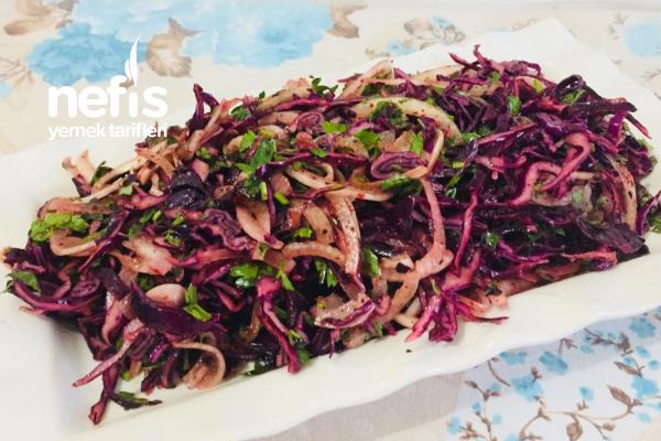 Kebapçı Salatası Lezzetinde Mor Lahana Salatası Tarifi