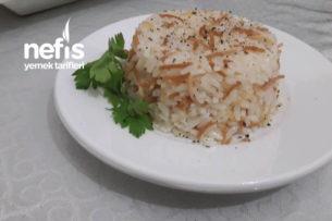 Tel Şehriyeli Pirinç Pilavı ( Tereyağlı ) Tarifi