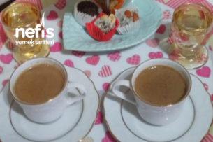 Vanilyalı Sütlü Türk Kahvesi Tarifi