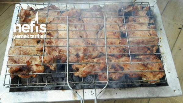 Mangalda Et Ve Tavuk Pirzola