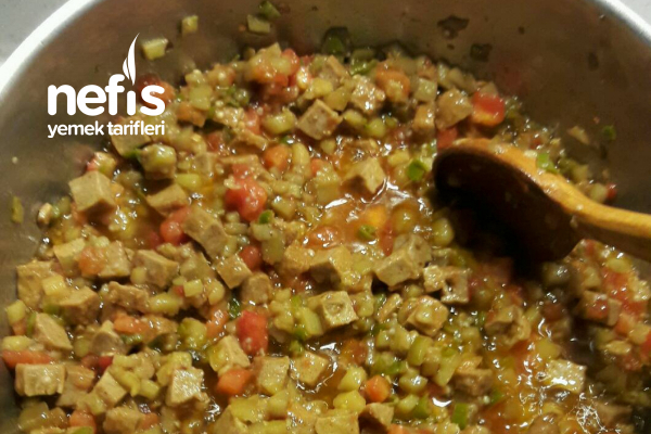 Patlıcanlı Köfteli Makarna
