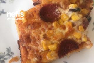Ev Yapımı Pratik Malzemeli Pizza Tarifi