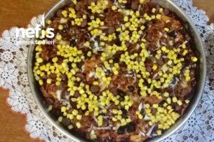Hazır Pizza Tadında Ev Yapımı Bereketli Mayalı Pizza Tarifi