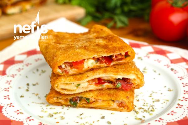 Pratik Kahvaltı Böreği (Pizza Tadında)