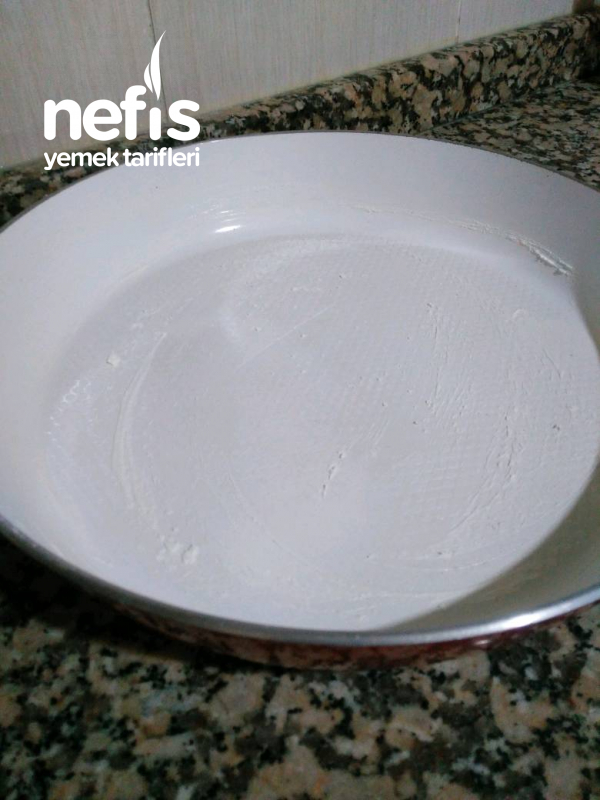 Tavada Yalancı Su Böreği