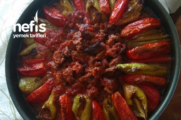 Etli Parmak Patlıcan Kebabı Tarifi