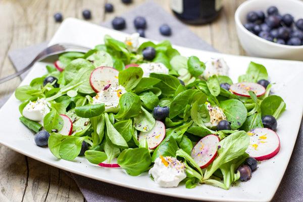 Salata Kaç Kalori? Tarifi