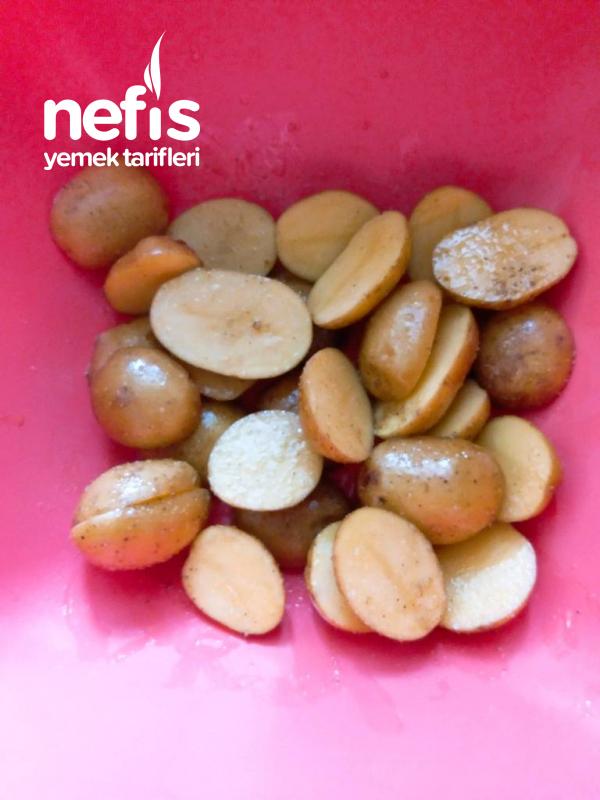 Fırında Kabuklu Bebek Patates