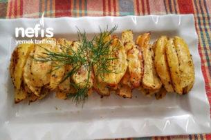 Fırında Lezzetli Patates (Çok Pratik Çok Lezzetli) Tarifi