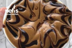 Çok Pratik Sütlü Köpüklü Kahve Tarifi