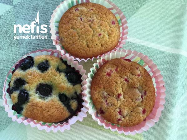 Meyveli Yumuşacık Muffins