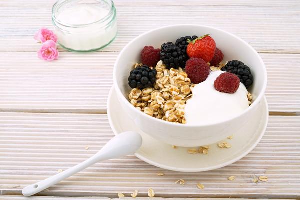 yoğurtlu yulaf ezmesi kaç kalori