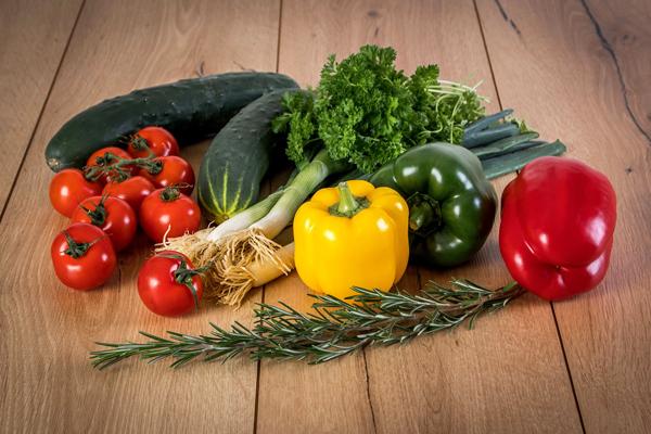 Domates Meyve mi Sebze mi? Sebze Bildiğimiz 10 Meyve Tarifi