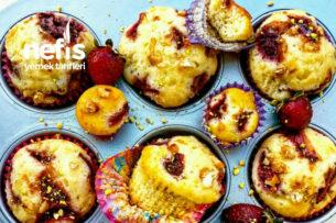 Çilekli Beyaz Çikolatalı Muffin (24 Adet) Tarifi