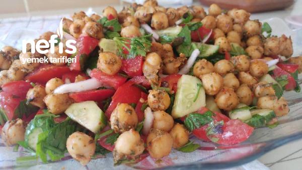 Baharatlı Nohut Salatası