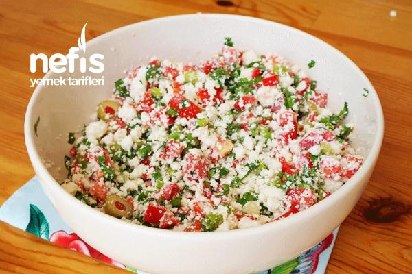 Lor Peyniri Salatası