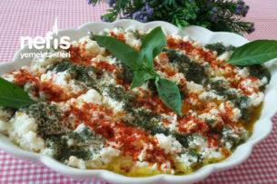 Yoğurtlu Garnitürlü Bulgur Salatası (Serin Ferah) Tarifi