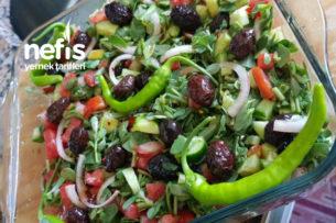 Zeytinli Pirpirim Salatası Tarifi