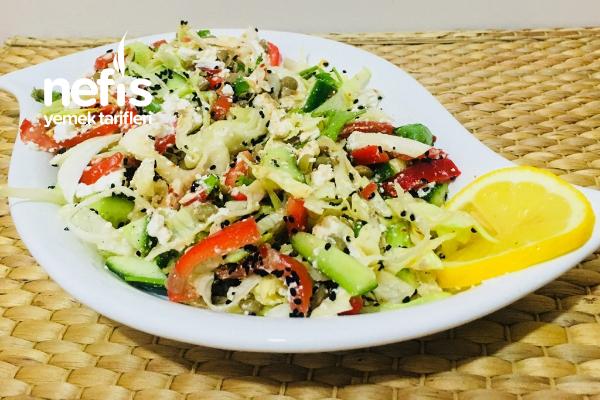 Kilo Vermeye Yardımcı Doyurucu Salata (Lorlu Mercimekli)