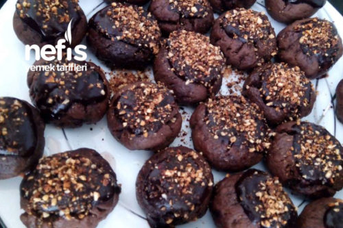 Çikolata Soslu Islak Kurabiye Tarifi
