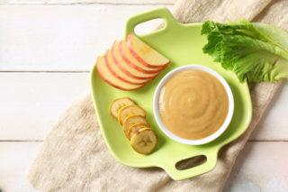 Bebeklerde Ek Gıdaya Geçiş Nasıl Olmalı? Faydalı İpuçları, Tarifler Tarifi
