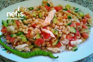 Tavuklu Yaz Salatası Tarifi