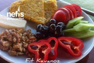 Bulgurlu Omlet Eşliğinde Örnek Karatay Kahvaltısı Tarifi