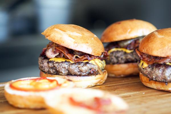 hamburger kaç kalori