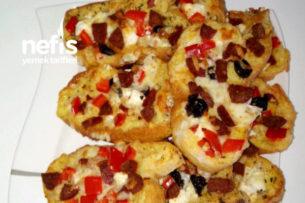 Kahvaltılık Bayat Ekmek Pizzası (Yumuşacık) Tarifi