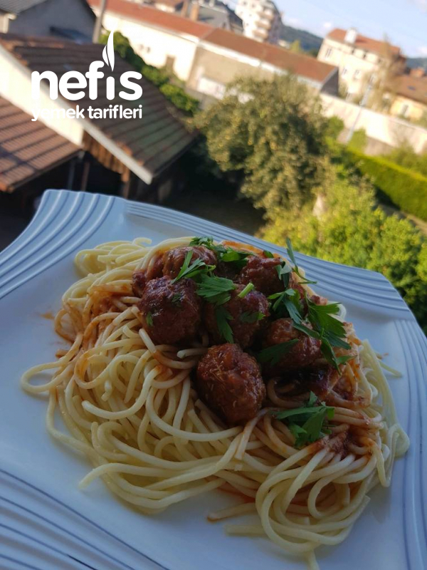 Köfteli Spagetti
