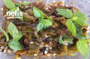 5 Dakikada Közlenmiş Biber Salatası Tarifi