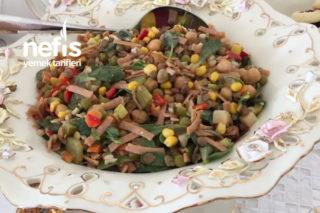 Bomba Gün Salatası (Kaşık Kaşık Yediren, Anında Biten) Tarifi