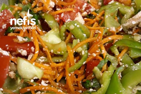Vegan Peynirli Biber Salatası Tarifi