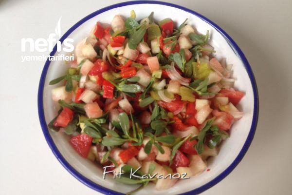 Köz Biberli Fit Karpuz Kabuğu Salatası Tarifi (İstersenizde Naneli!)