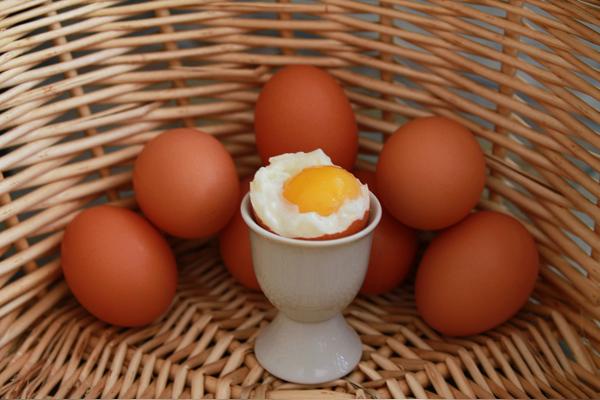 2 haşlanmış yumurta kaç kalori