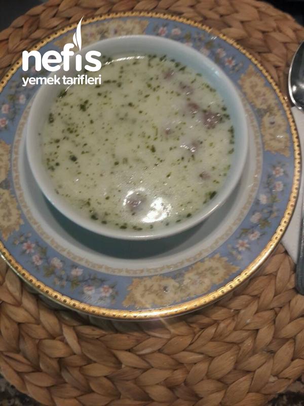 Yogurtlu Köfteli Çorba