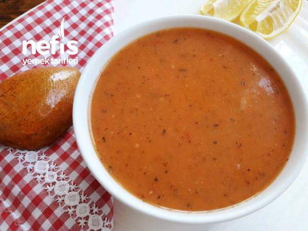 Tarhana Tadında Domates Çorbası