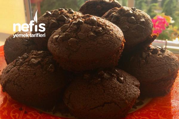 Yumuşaklığıyla Meşhur Çikolata Dolgulu Cupcake