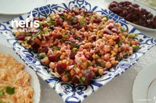 Renkli Nohut Salatası Tarifi