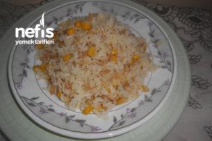 Zeytinyağlı Mısırlı Pirinç Pilavı Tarifi