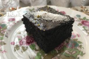 Maden Sulu Bol Soslu Islak Kek Tarifi