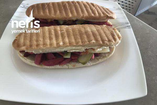 Kumru Sandviç Tarifi