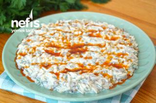 Yoğurtlu Yeşil Mercimek Salatası (videolu) Tarifi