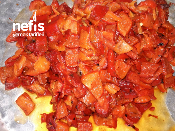 Közlenmiş Patlıcan Ve Kırmızı Biber (kış İçin)