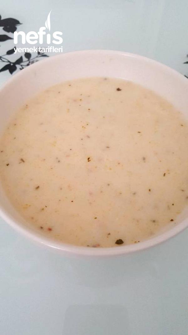 Pratik Mantı Çorbası