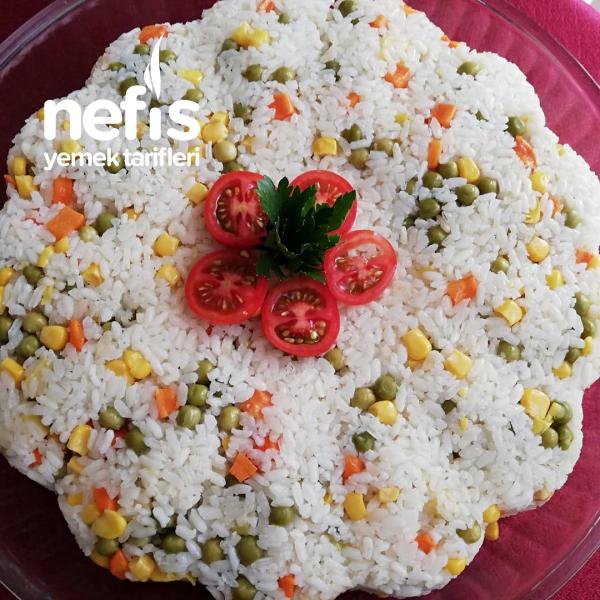 Sebzeli Pilav (görüntüsü iştah açan)
