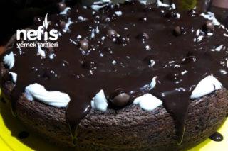 Çikolata Dolgulu Pasta Tarifi