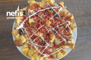 İkili Tavada Şipşak Bayat Ekmekli Pizza Tarifi