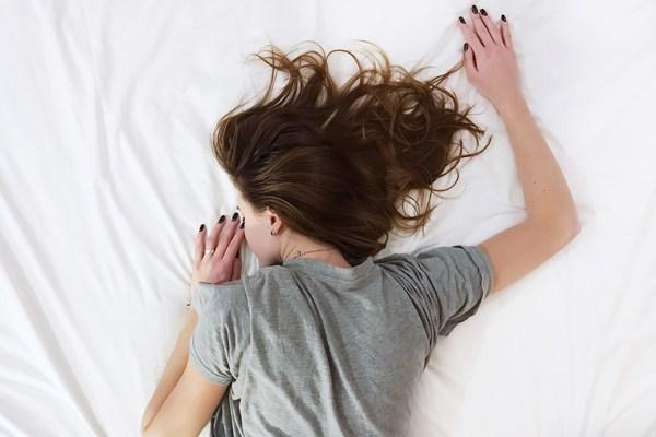 Uykusuzluk Çekenlere Ninni Gibi Gelecek 8 Etkili Tavsiye Tarifi